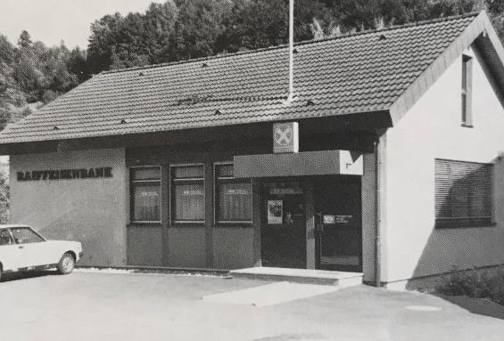 Abbildung: Geschäftsstelle in Crispenhofen (Quelle: 100 Jahre Raiffeisenbank Niedernhall eG, Festschrift, 1988, S. 21).